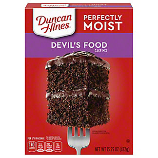 Duncan Hines Classic Devil's Food Cake Mix, 15.25 oz