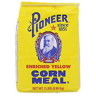 Pioneer Brand Enriched Yellow Corn Meal, 2 lb