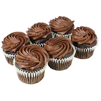 Central Market Chocolate Cupcakes, 6 ct