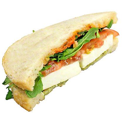 Central Market Fresh Mozzarella Tomato & Basil - Half Sandwich, ea