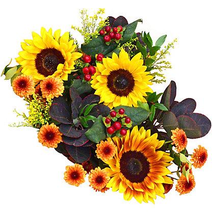 Central Market Seasonal Signature Bouquet, EACH