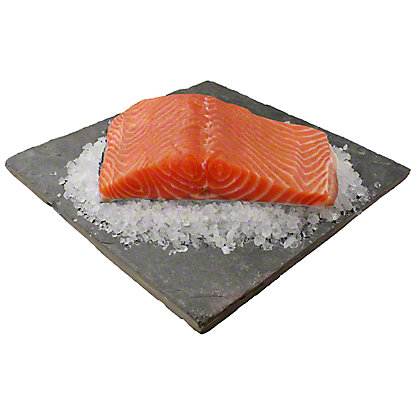 Fresh Atlantic Salmon Fillet, LB