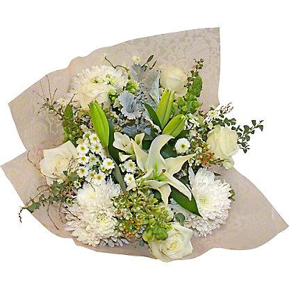 Central Market White Premium Signature Bouquet, ea