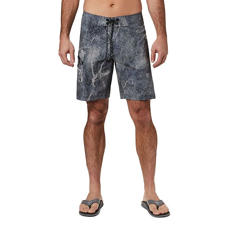 bf1d4c4ede Black Realtree MAKO Men's PFG Offshore™ II Board Short, View 0