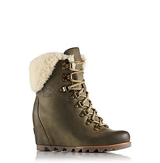 Women's Conquest™Wedge Shearling Boot