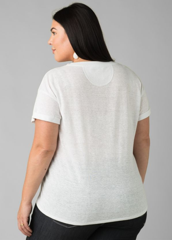 Cozy Up T-shirt Plus Cozy Up T-shirt Plus