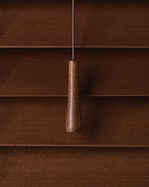 Traditional Chestnut Tassel & Wand