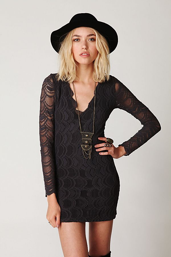 4beb20745e06 Deep V Long Sleeve Lace Dress