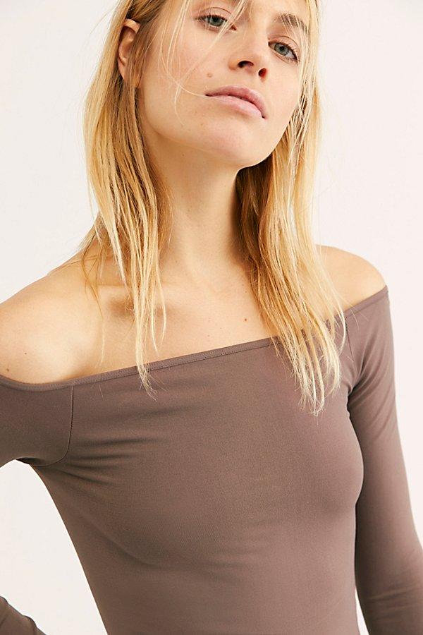 Slide View 4: Off the Shoulder Solid Top