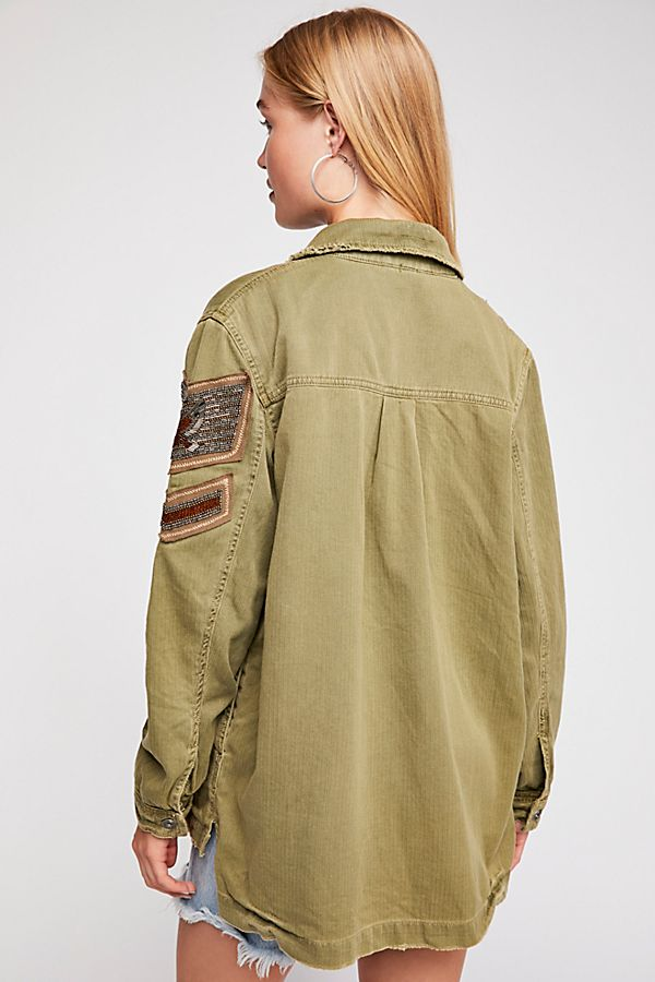 Free People Women/'s Embellished Patch Military Shirt Jacket Outwear Olive Green