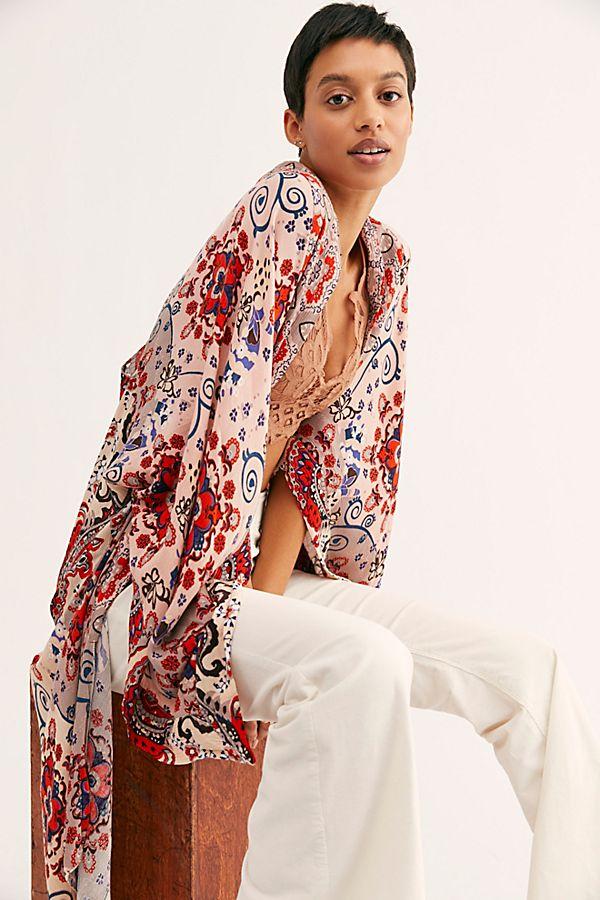 6586c386047f7 Slide View 1: Little Wing Mix Print Kimono