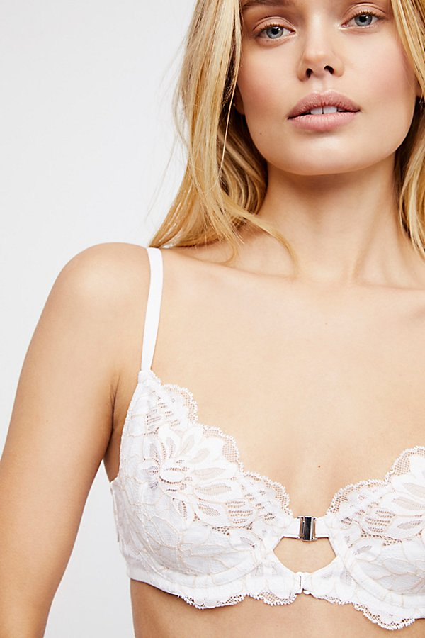 Slide View 3: Flora Underwire Bra