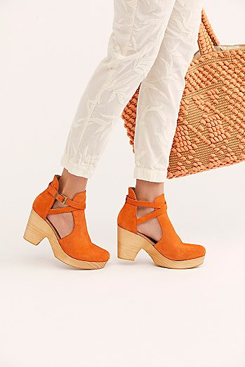 8fa8561a0c6 Cute Fashion Clogs   Mules for Women