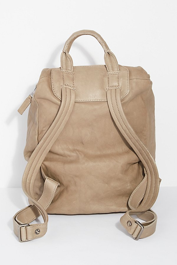 Slide View 3: Pistoia Distressed Backpack