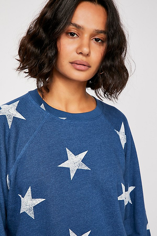 Slide View 3: Oversized Star Cutoff Raglan