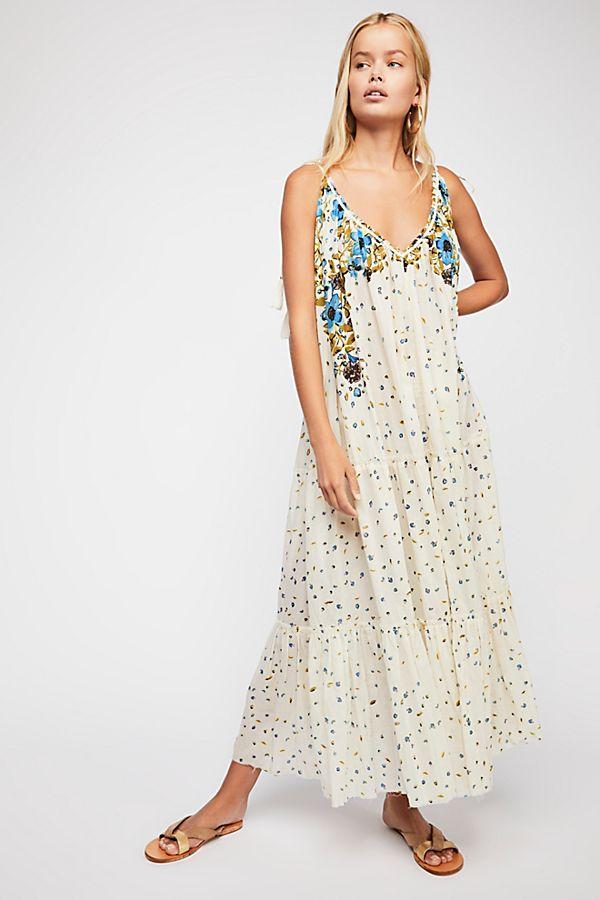 5e76ddf156282 Flower Cascade Maxi Dress