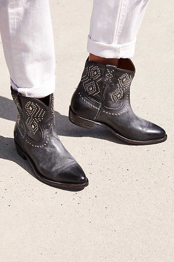 Slide View 1: Billy Stud Western Boot