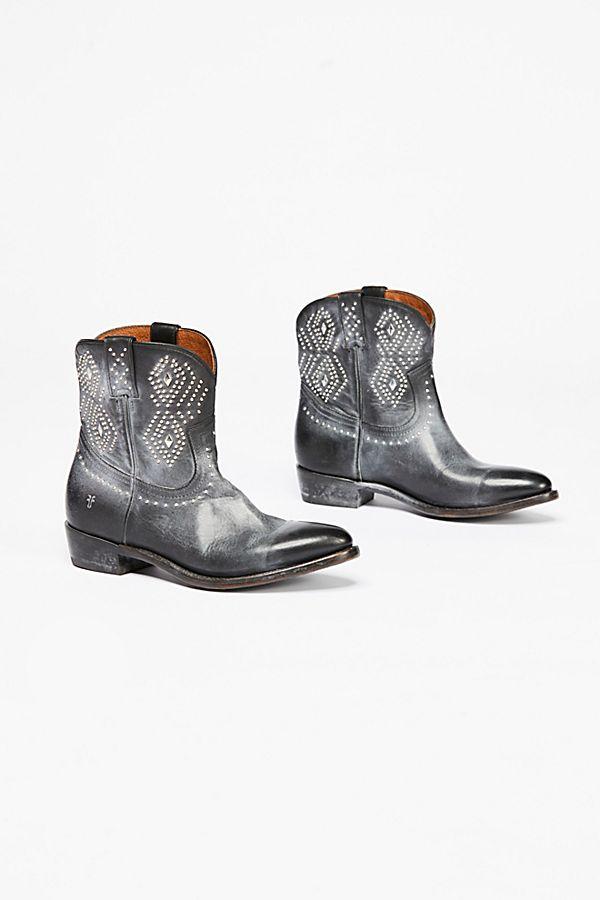 cea1f0599df Billy Stud Western Boot