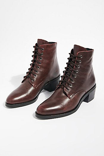 Zephyr Lace-Up Boot