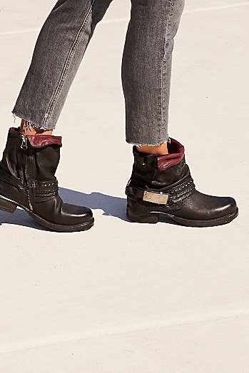 Clover Ankle Boot