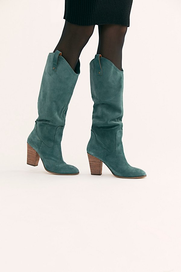 Slide View 1: Southern Star Slouch Boot