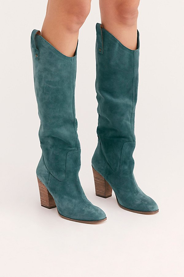 Slide View 2: Southern Star Slouch Boot