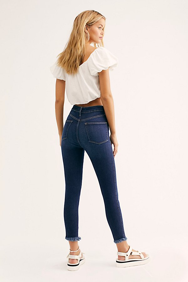 Slide View 3: Raw High-Rise Jegging