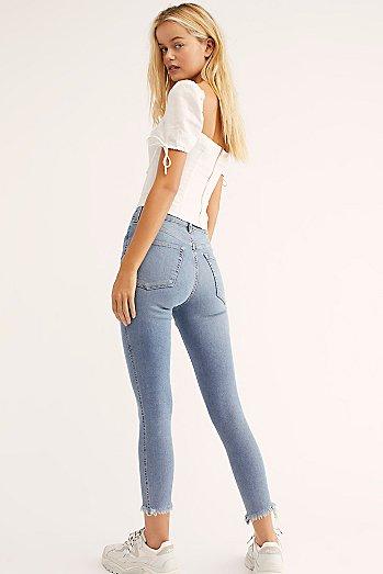 Raw High-Rise Jegging