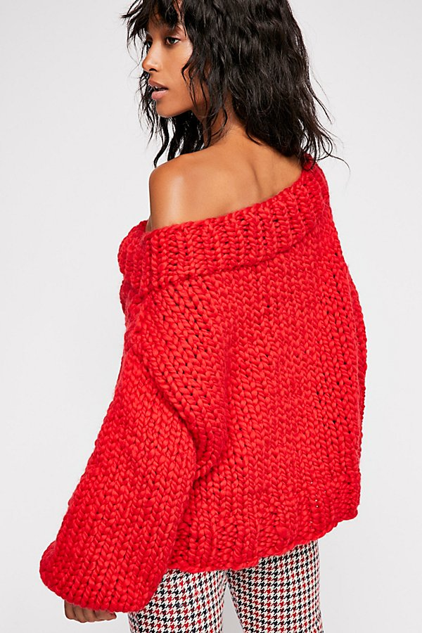 Slide View 3: Off Her Shoulder Cable Jumper