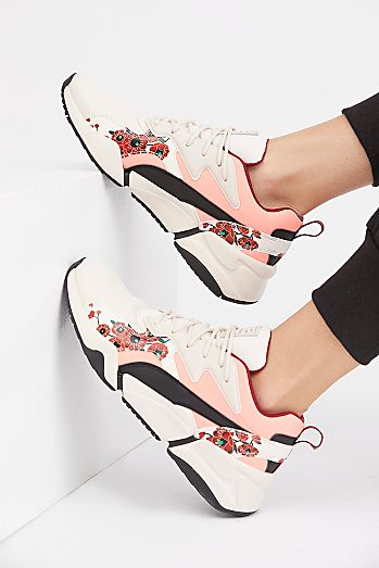 31c728df92 Sue Tsai Nova Cherry Bomb Trainer