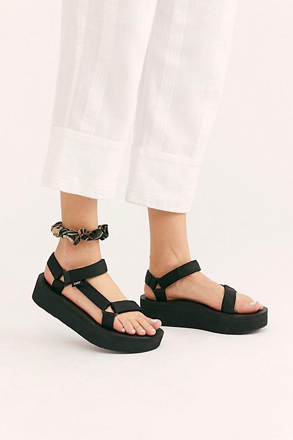 789bad1fc1b0 Slide View 1  Flatform Universal Teva Sandal