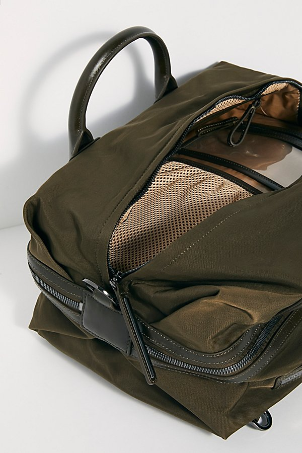 Slide View 6: Caraa Studio Bag