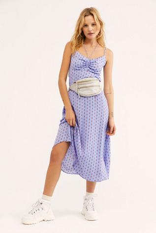 30565e0856 Dresses on Sale