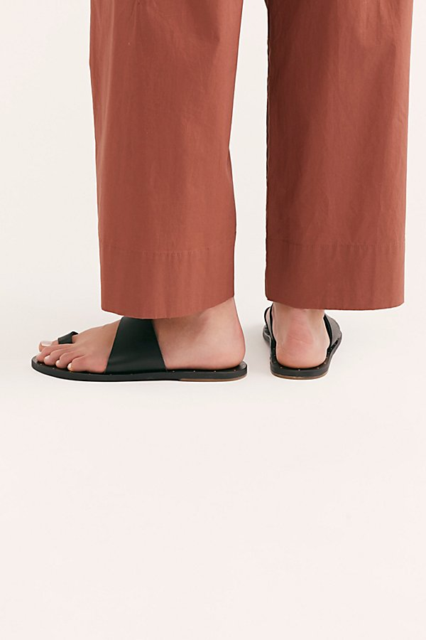 Slide View 5: Beek Finch Sandal
