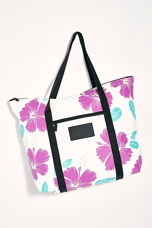 Slide View 3: Aloha Printed Tote