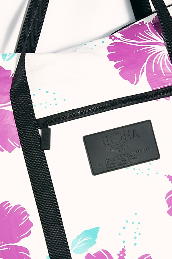 Slide View 4: Aloha Printed Tote