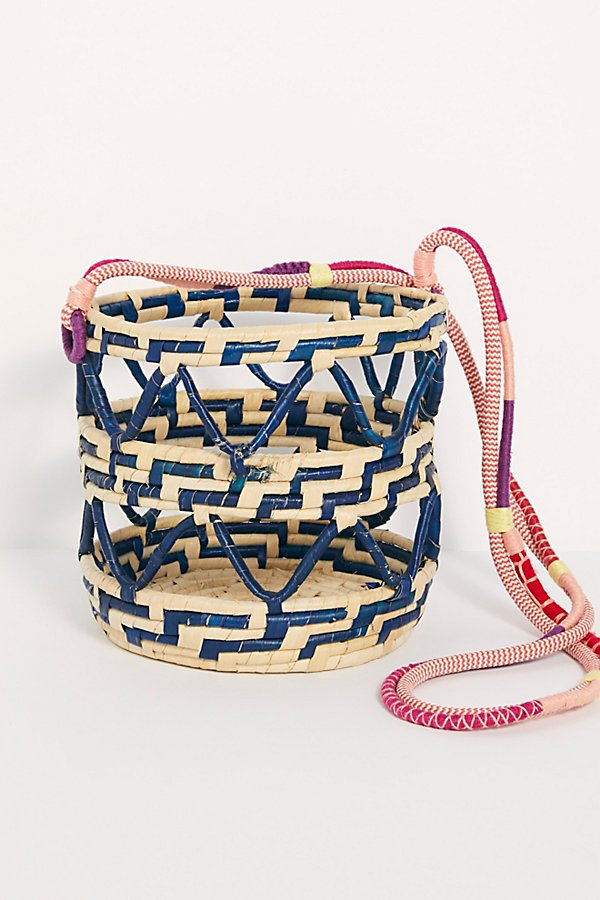 Slide View 3: Nannacay Laelia Mixed Straw Bucket Bag