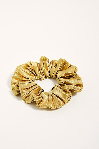 Fetch Pleated Scrunchie