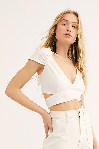 0bfabaeb0b388 Nino Wrap Crop Top