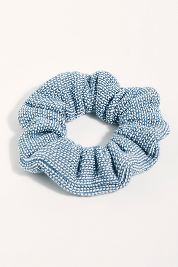 Slide View 2: Textured Scrunchie