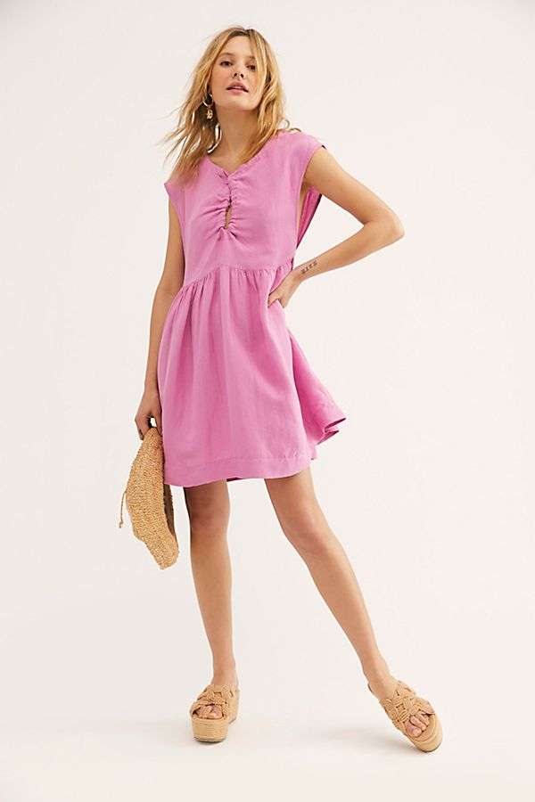 c9bbe35a708c0 Slide View 1: Olivia Shapeless Dress