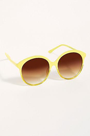 bf72610f06750 Wanda Oversized Sunglasses
