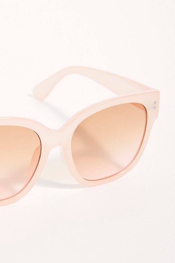 Slide View 3: Miami Nights Sunglasses