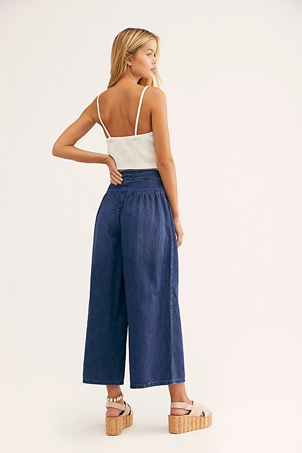 Slide View 2: La Bomba Wide-Leg Jeans