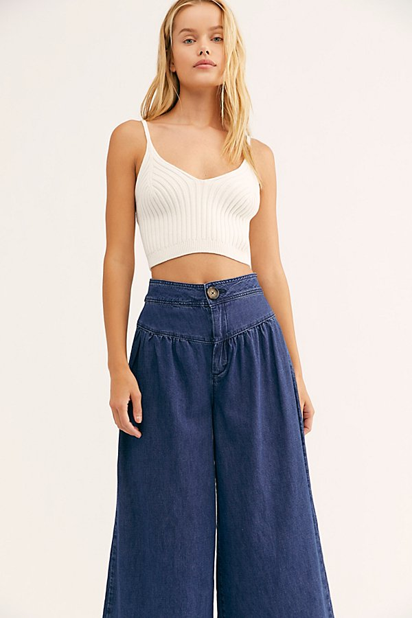 Slide View 3: La Bomba Wide-Leg Jeans