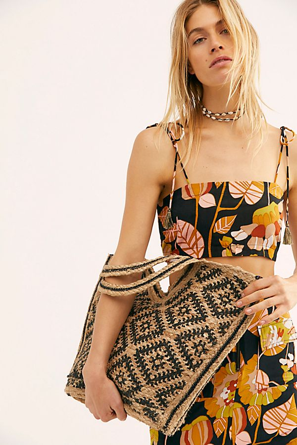 Slide View 3: Eva Printed Jute Tote