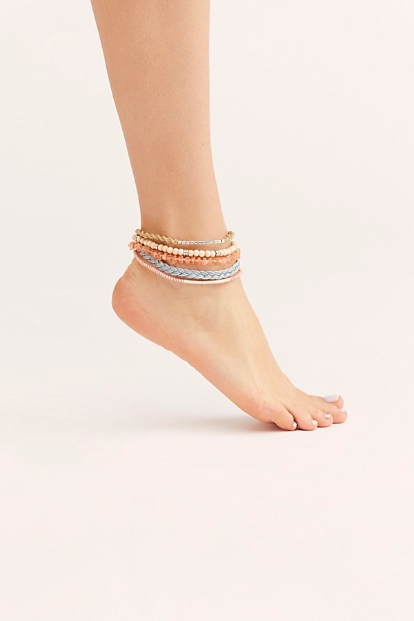 Slide View 2: Layer On Anklet