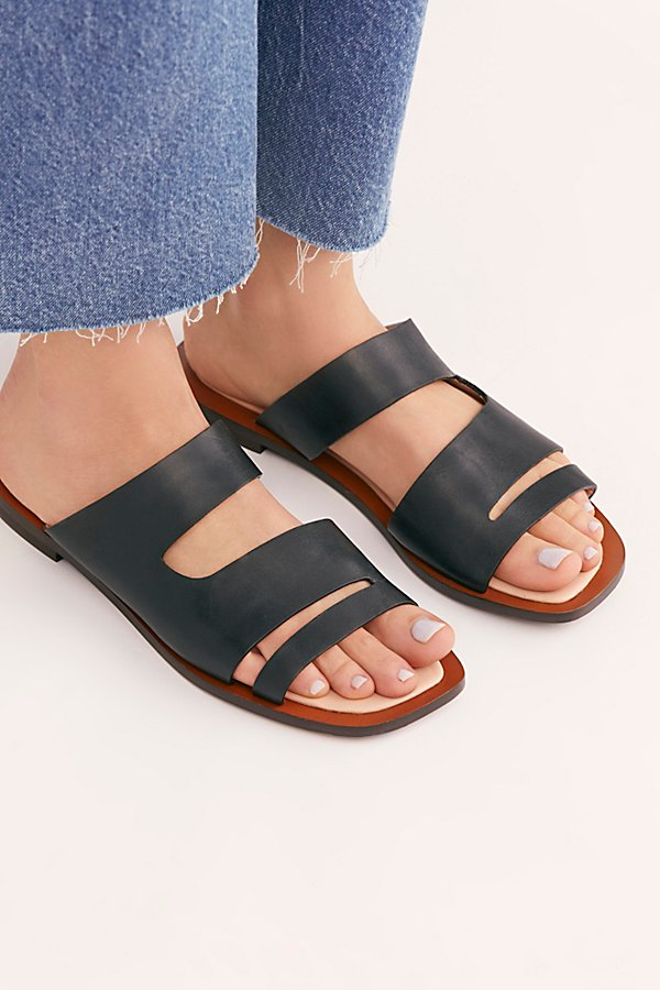 Slide View 3: Solaris Slide Sandal