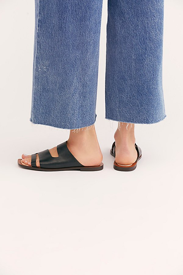 Slide View 4: Solaris Slide Sandal