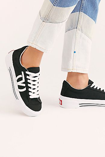 53c933b77b Sid Ni Platform Sneaker